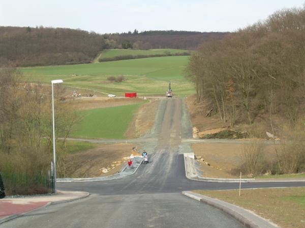 Neue Zufahrtsstrasse