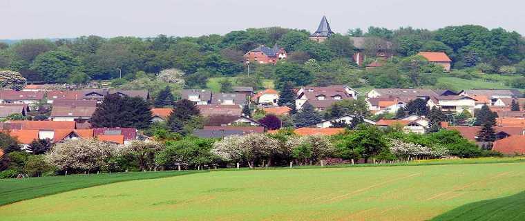 Blick auf die Bergkirche