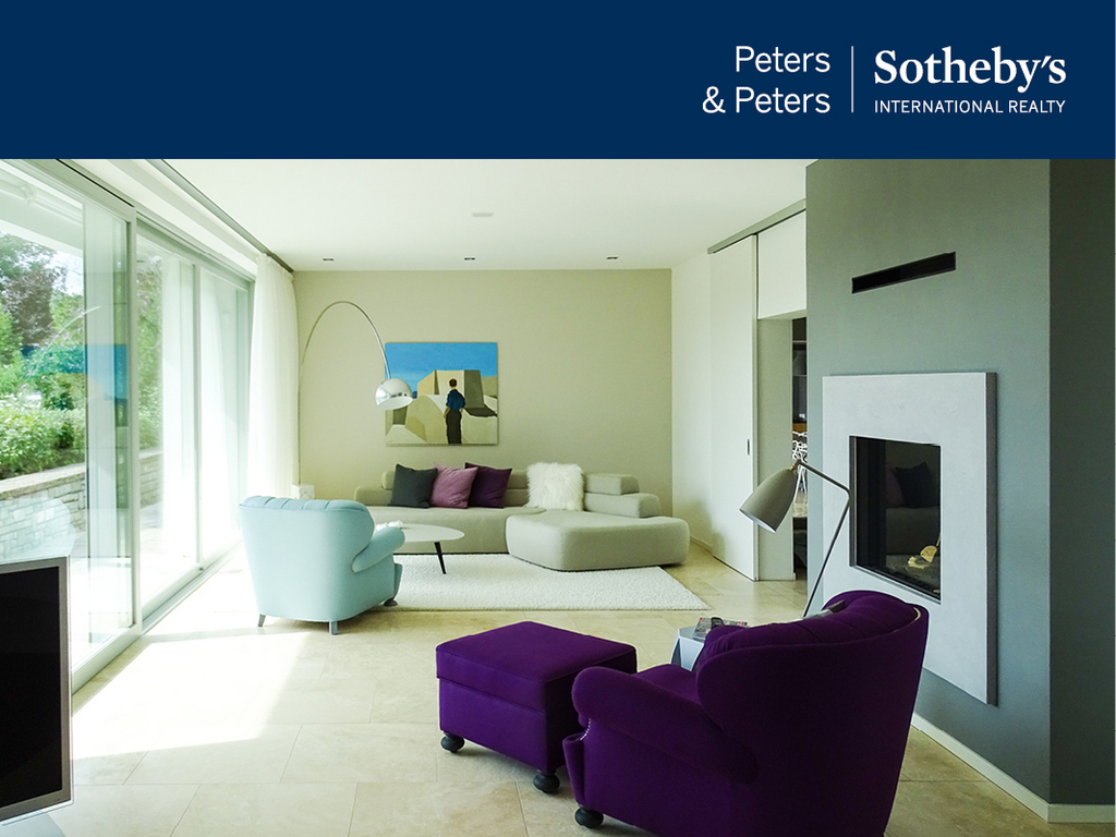 Peters & Peters Sotheby`s Inetrnaional Realty -Unternehmer-Villa mit Panoramablick und viel Ruhe