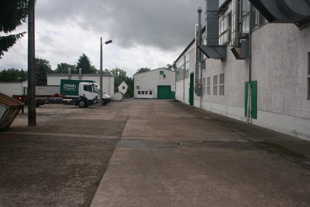 Vielseitig nutzbare Gewerbehallen auf 15.000 m² Grundstücksfläche in Dingelstädt