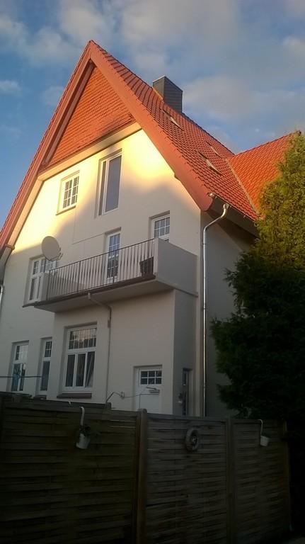 Jugendstiletage mit Balkon, Wintergarten+EBK