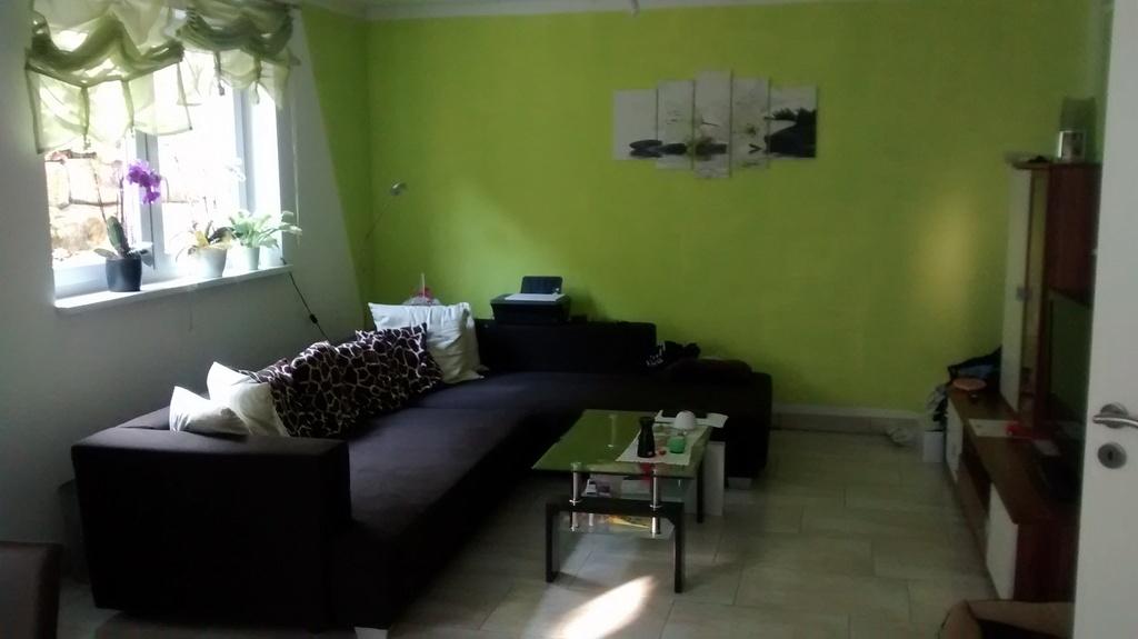 helle 2 Zimmer Souterrain-Wohnung in 91353 Hausen ab 01.12.16 provisionsfrei, 58 m², EBK