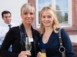 Nadja Gerlitzki (links), Assistentin,Terramag GmbH und Tanja Thon (rechts), Vermessungstechnikerin, Vermessungsbüro Müller